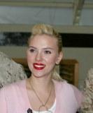 Scarlett Johansson macht sich für Wiederwahl von Obama stark