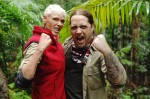Dschungelcamp 2012: Martin Kesici und Brigitte Nielsen in der Höhle - TV