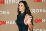 2010 CNN Heroes: An All-Star Tribute - Arrivals