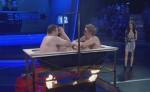 """""""Elton vs. Simon"""": Sie kochen ihr Fleisch in der Wanne! - TV"""
