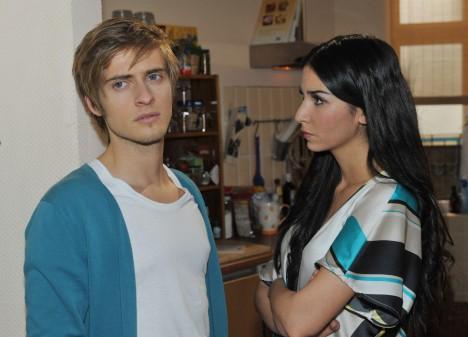 Ayla (Sila Sahin) und Philip (Jörn Schlönvoigt)