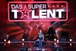 Das Supertalent 2012: Nellie Klimm berührt am Klavier und mit der Stimme!
