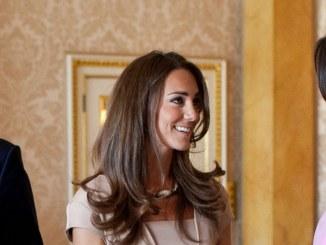 Herzogin von Cambridge wünscht sich einen Jungen - Promi Klatsch und Tratsch