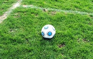 Ballack als ZDF-Experte bei DFB-Länderspiel gegen Kasachstan - TV News