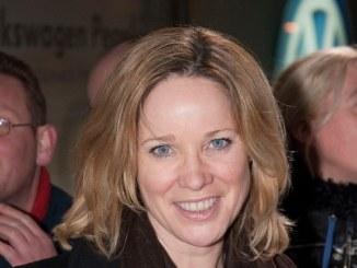 Ann-Kathrin Kramer hält Liebe mit Mix aus Nähe und Distanz frisch - Promi Klatsch und Tratsch