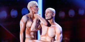 Das Supertalent 2013: Die Akrobaten Richard Jecsmen und Yana Semilet zelebrieren Langsamkeit!