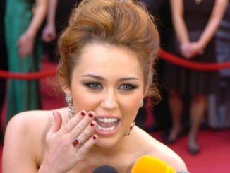 Miley Cyrus hatte Angst vor Treffen mit Queen Elizabeth und Obama - Promi Klatsch und Tratsch