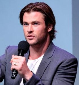 Chris Hemsworth: Frauen werden geschont! - Promi Klatsch und Tratsch
