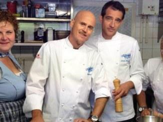 """Die Küchenchefs im """"Restaurant am Bismarckturm"""" in Hameln - TV News"""