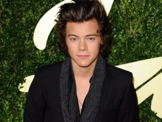 Harry Styles arrives for the British Fashion Awards 2013 thumb