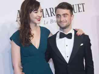 Daniel Radcliffe und Erin Drake flirtend vor der Kamera - Kino News