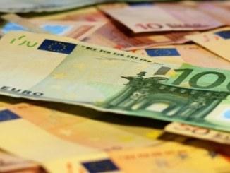 Uecker: Es wird weniger Kunst gemacht, als täglich Geld gedruckt wird - Promi Klatsch und Tratsch