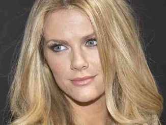 """Brooklyn Decker - 11th Annual """"Leather & Laces"""" 2014 Super Bowl Party"""