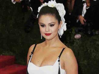 Selena Gomez bei der MET-Gala 2015