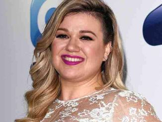 Kelly Clarkson - 95-106 Capital FM Summertime Ball 2015