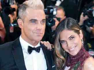 Robbie Williams als Amor - Promi Klatsch und Tratsch