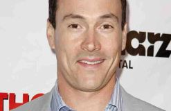 Chris Klein hat Laina Rose Thyfault geheiratet