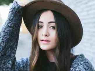 """Jasmine Thompson: """"Adore"""" ist intim - Musik"""