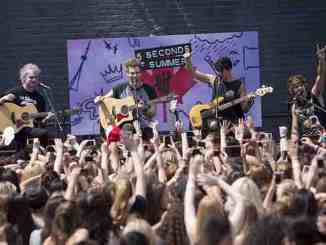 """5 Seconds of Summer"" rüsten auf - Promi Klatsch und Tratsch"