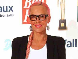 Natascha Ochsenknecht bei der Verleihung - Die Goldene Bild der Frau