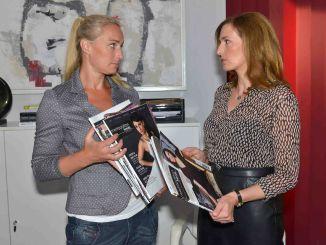 Maren (Eva Mona Rodekirchen, l.) und Katrin (Ulrike Frank)