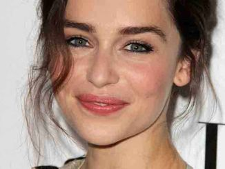 "Emilia Clarke - Elle Magazine 20th Annual ""Women In Hollywood"" Event"