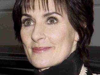 Enya - The Regis & Kelly Show - December 18, 2008