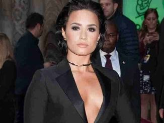 Demi Lovato - 10th Annual Billboard Women in Music Awards