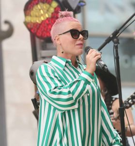 """Pink Sighted at """"Jimmy Kimmel Live!"""" on May 23, 2016"""