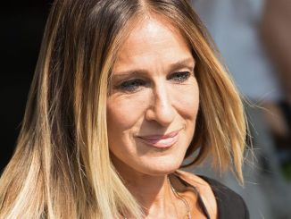 "Sarah Jessica Parker ""Stash SJP"" Fragrance Launch Photocall at Boots Piccadilly in London on September 14, 2016"