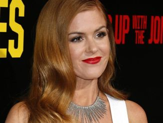 "Isla Fisher - ""Keeping Up With The Joneses"" Los Angeles Premiere"
