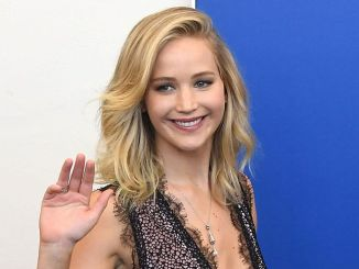 "Jennifer Lawrence - 74th Annual Venice International Film Festival - ""Mother!"" Photocall - 2"