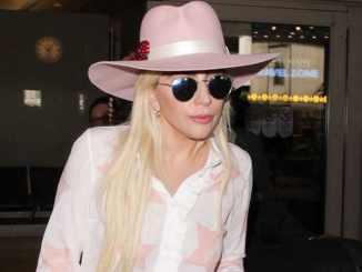 Lady GaGa: Warum macht sie sich nackig? - Promi Klatsch und Tratsch