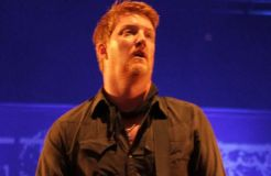 """Queens Of The Stone Age"" machen Musik mit Dave Grohl und Billy Gibbons"
