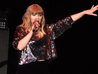 Taylor Swift teasert ein neues Musikvideo - Musik News