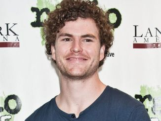 Vance Joy, Parachute and The Virginmarys in Concert at Radio 104.5's and Mix 106's Performance Theatre in Bala Cynwyd - March 28, 2016
