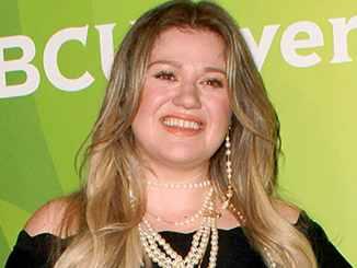 Kelly Clarkson verspricht Ehrlichkeit - Promi Klatsch und Tratsch