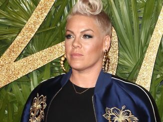 Pink - The Fashion Awards 2017