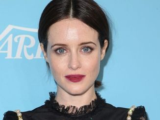 """The Crown"": Claire Foy bekam weniger als Matt Smith - TV"