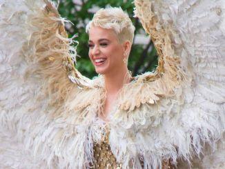"Katy Perry - ""Heavenly Bodies: Fashion & The Catholic Imagination"" Costume Institute Gala"