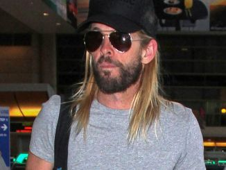 Taylor Hawkins Sighted at LAX Airport on February 21, 2017
