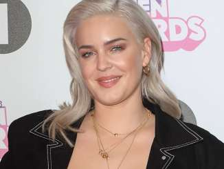 Brit Awards 2019: Anne-Marie dreht durch - Musik News