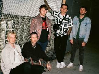 """Bring Me The Horizon"": Inspiriert von ""Arctic Monkeys"" - Musik News"