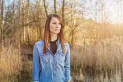 Christina Stürmer bittet Fans um Rat bei Merchandising-Fragen - Musik