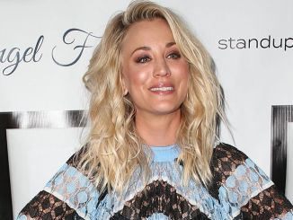 Kaley Cuoco - 7th Annual Stand Up for Pits Comedy Benefit