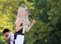 """""""Paramore"""": Deswegen überlebte Hayley Williams - Musik"""