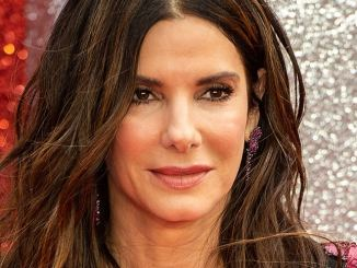 "Sandra Bullock ""eckt oft an"" - TV News"