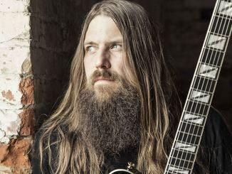 Mark Morton über Kollaboration mit Chester Bennington - Musik News