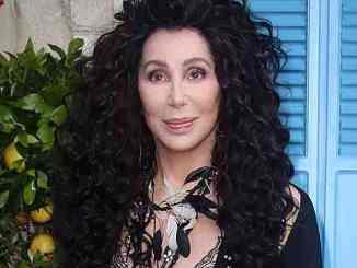 Cher: Geschlechtsloses Parfüm - Promi Klatsch und Tratsch