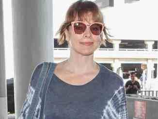 Milla Jovovich spricht erstmals über ihre Not-Abtreibung - Promi Klatsch und Tratsch